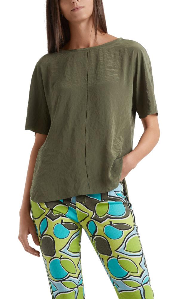 T-skjorte fra Marc Cain, finnes i oliven og lime