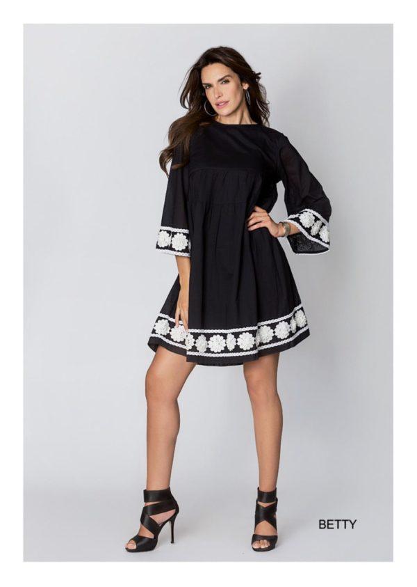 Kjole fra Angoor, finnes i sort og hvit