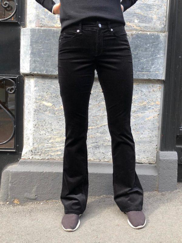 Parla flared velur bukse fra Cambio, finnes i sort og brun