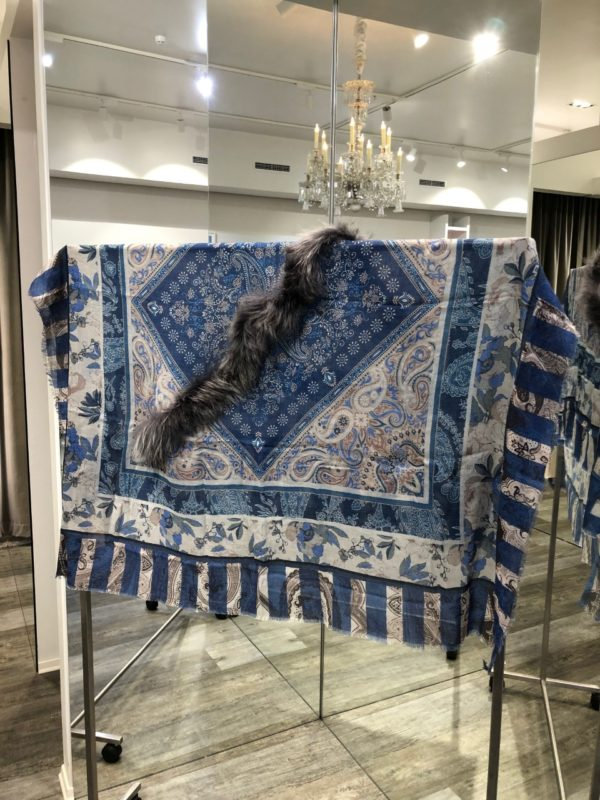 Dusty sjal fra Mala Alisha