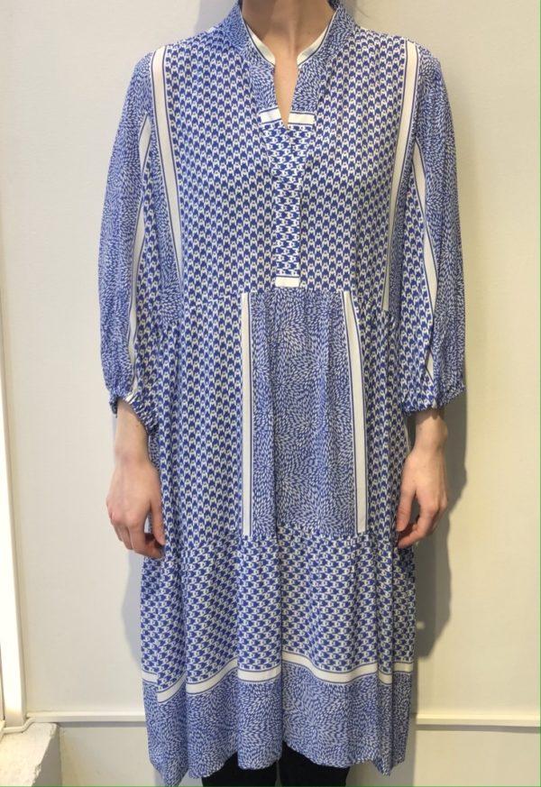 Kjole fra Max Volmary med print