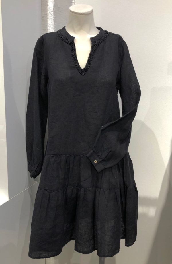 Bina kjole fra Angoor